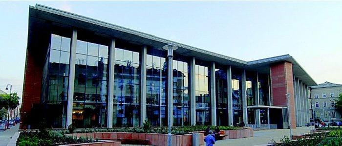 ΙΑΤΡΙΚΗ ΣΤΗ ΒΟΥΔΑΠΕΣΤΗ | Semmelweis University