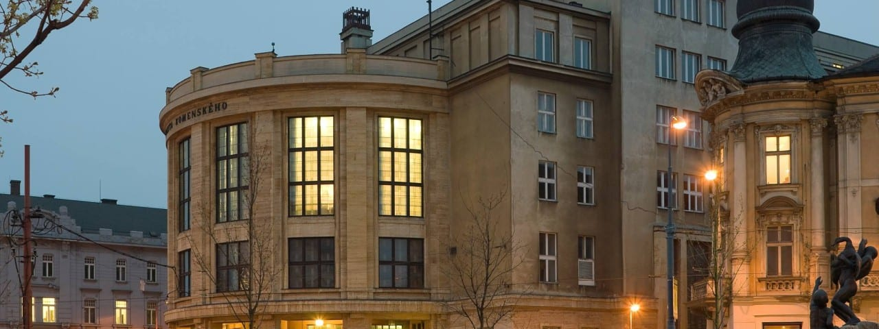 Πανεπιστήμιο Οδοντιατρικής στη Μπρατισλάβα Comenius University